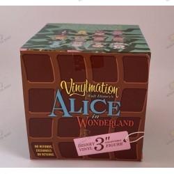 """Vinylmation  """"ALICE In WONDERLAND white rabbit"""