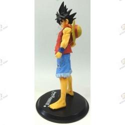 Son Goku de Dragon Ball Z en habit de Monkey D Luffy de One Piece profil gauche