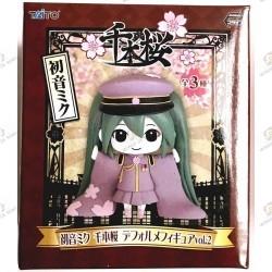 Figurine Hatsune Miku de Senbonzakura Vocaloid boite