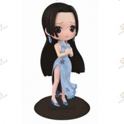 One Piece Figurine QPOSKET Boa Hancock Winter Blue Import Japon face
